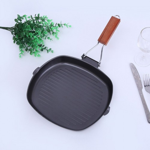 Iron Non-Stick Frying Pan Kitchen Wooden Folding Handle