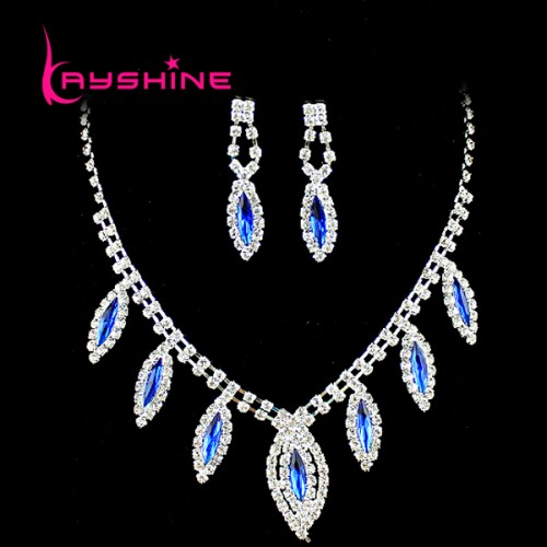 Luxury Blue Rhinestone Butterfly Choker Necklace and Dangle Earrings