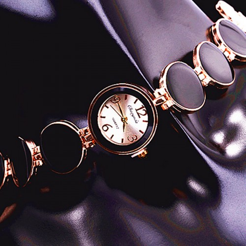Women Watch Ladies Nobler Fashion Casual 5 Colors Wafer Design Round Dial Bracelet Watch Mujor Quartz Wristwatch