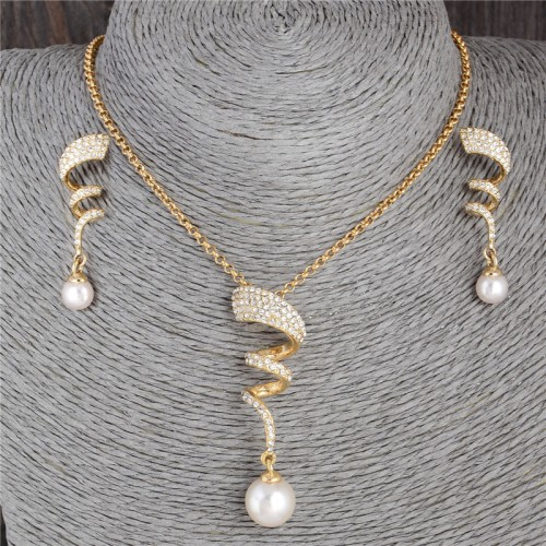 Pearl Crystal Stone Necklace Set