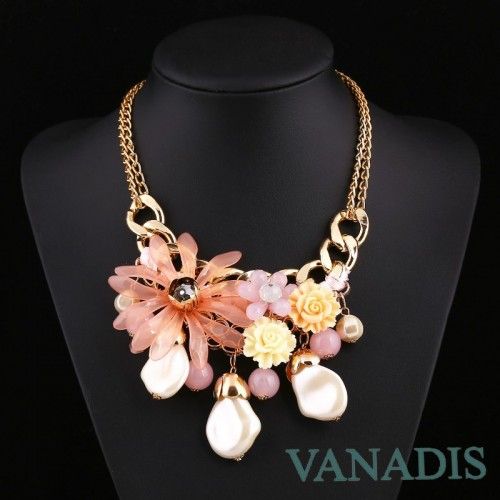 Classical Design Suspension Pink Flower Necklace