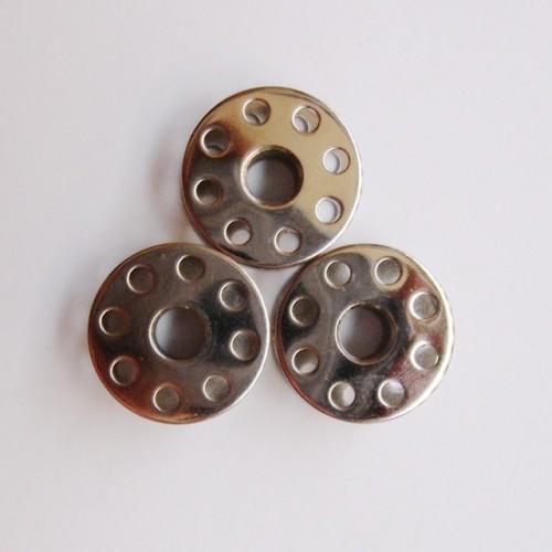10 PCS Good quality Industrial sewing machine iron Bobbin JUKI DDL 555 5550 BROTHER B735 B755