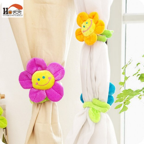 CUSHAWFAMILY 2 pcs 33cm long Sunflower flower curtain buckle hook Clips children plush toys wedding gifts.