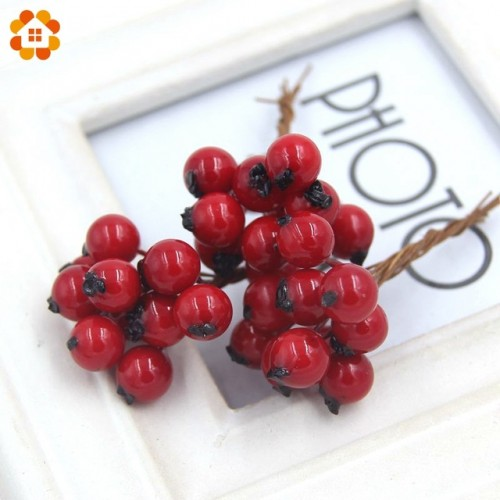 50PCS Lot 1CM Artificial Flowers Fake Smooth Foam Pomegranate Fruit Small Berries Red Cherry Stamen For