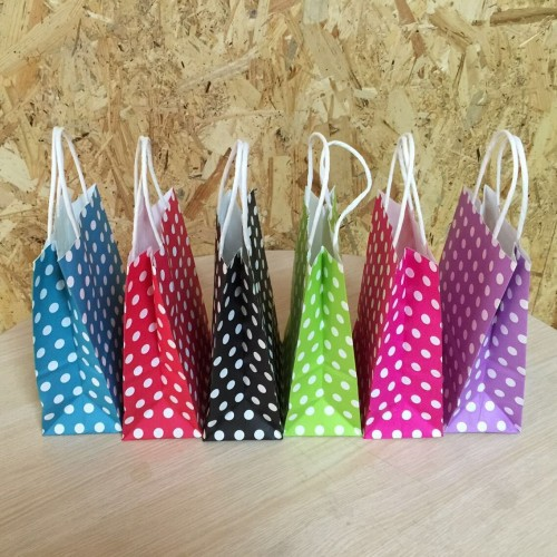 Polka Dot kraft paper gift bag Festival Paper bag with handles Fashionable