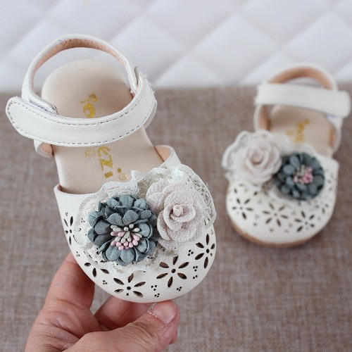 Newest Summer Kids Leathers Shoes Sweet Flower Children Sandals For Girls Toddler Baby Breathable Hollow 10.25$