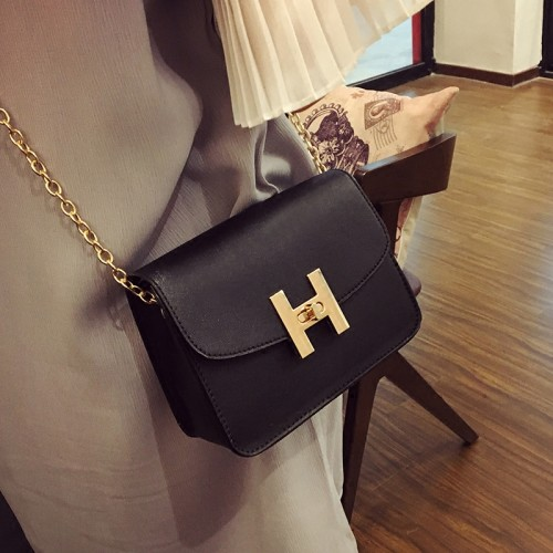 Free shipping new trend women handbags fashion simple flap retro Korean version shoulder bag chain