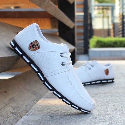 spring new Korean version of the men s beanie shoes breathable men s shoes