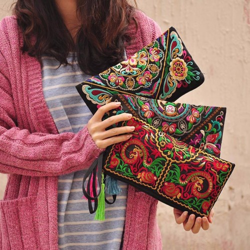 Women Ethnic National Retro Butterfly Flower Bags Handbag Embroidered Lady Clutch Tassel Small Flap