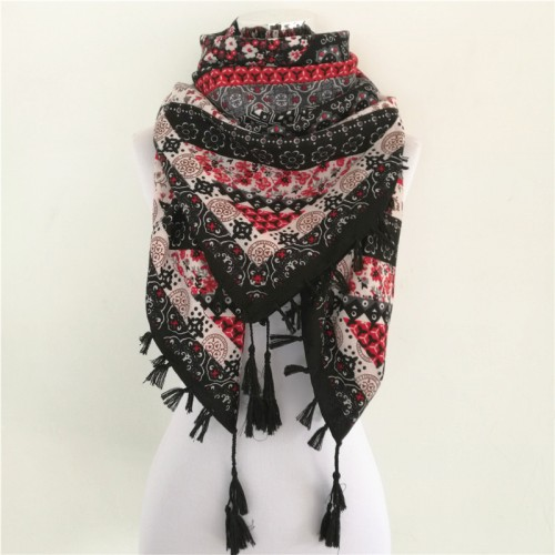Hot sale bandana new fashion woman Scarf square scarves Printed Women Wraps Winter autumn ladies shawl