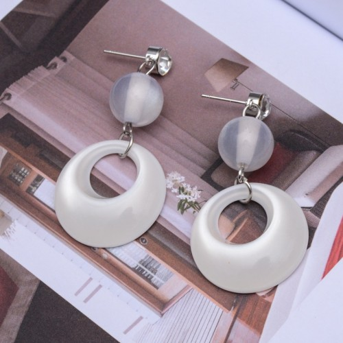 Simple temperament super fairy cat eye stone earrings female short earrings