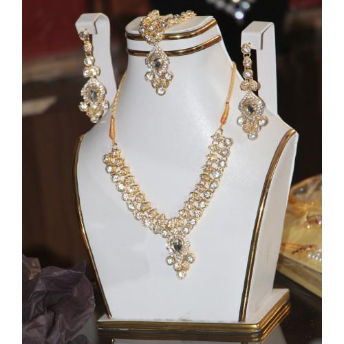 trendy traditional jewelry set 11