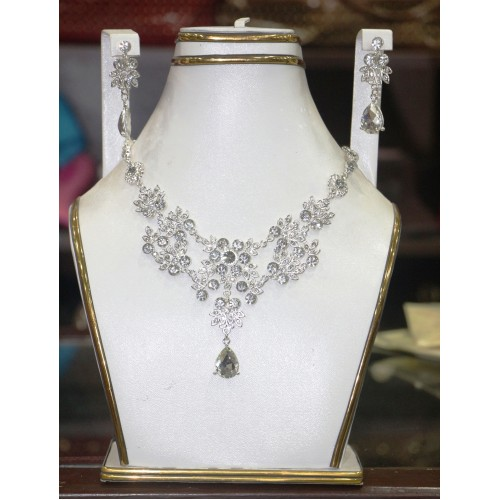 trendy traditional jewelry set 36
