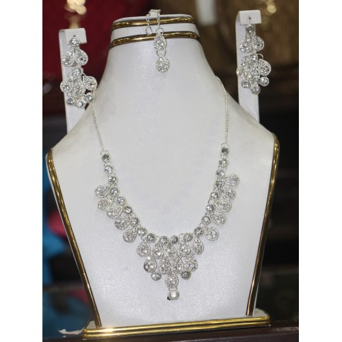 trendy traditional jewelry set 39