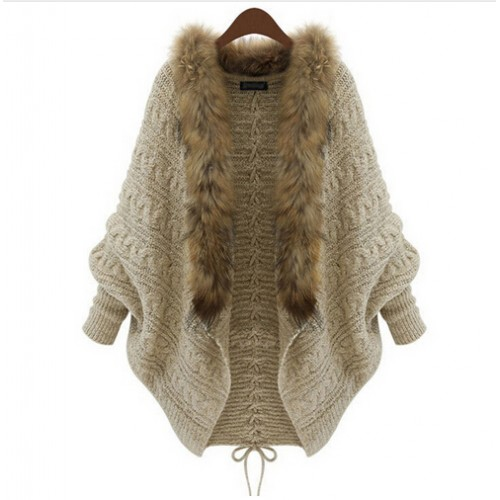 Women Cardigan Sweater Thick Poncho Capes Femme Autumn Winter Bat Sleeve Fur Collar Wool Sweater Knitted