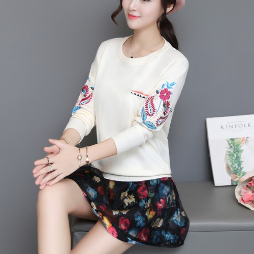 5281 real shot new women s clothing embroidered neck knit bottoming shirt 50 yuan 1 floor