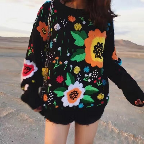 Autumn and winter the new European and American retro tide licensing loose weaving flowers embroidery