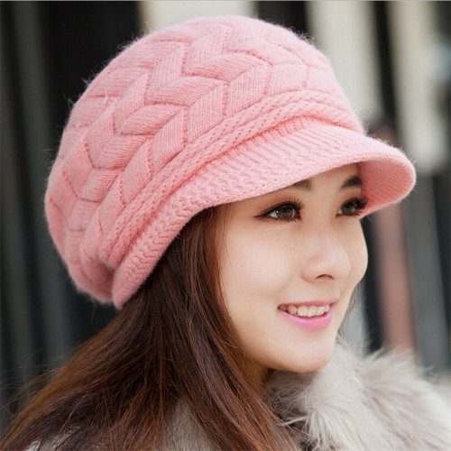 Elegant Knitted Hats for Autumn Winter