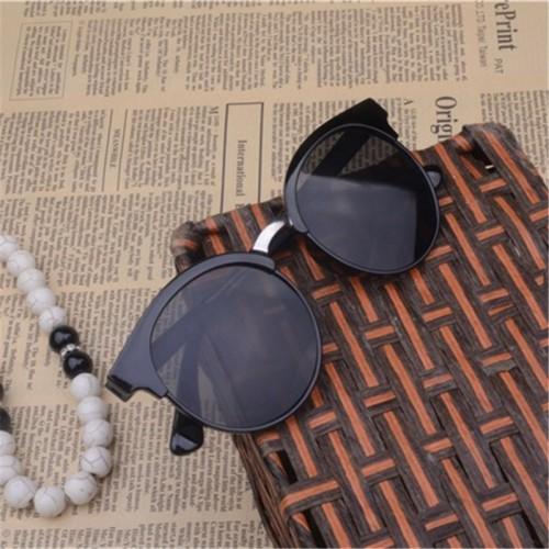 Vestey Latest Style Women Sun Glasses