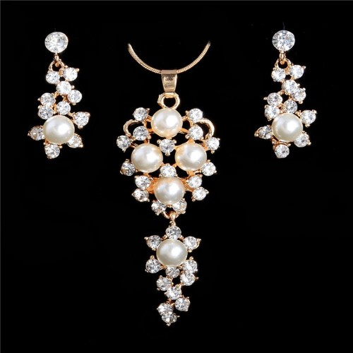 Romantic Simulated Pearl Crystal Necklace Earrings Set