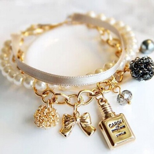 Stylish Pearls Gold Chain Bracelet