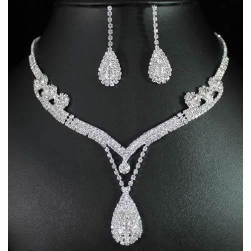 Crystal Rhinestone Tear Drop Neckless Set
