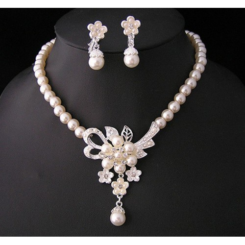 Pearl Jewelry Necklace set