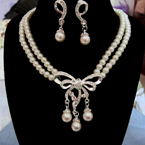 Fancy pearl jewelry necklace set