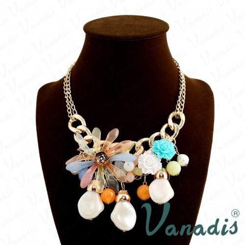 Classical Design Suspension Multi Flower Necklace