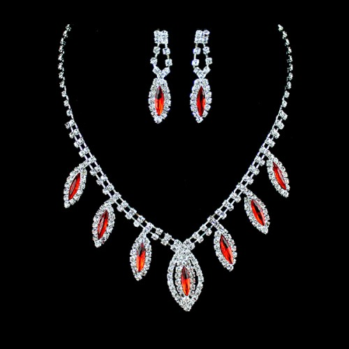 Luxury Red Rhinestone Butterfly Choker Necklace and Dangle Earrings