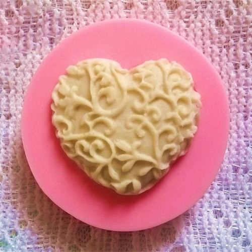 3D Love Heart Lace Shaped Silicone Mold DIY Cake Candel Chocolate Soap Mold Mould Fondant Sugar