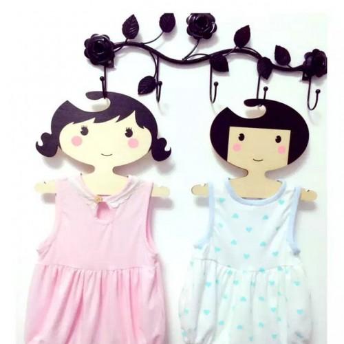 1 Cute Cartoon Kid Girls Wooden Children Clothes Hanger Lovely Wood Coat Rack Baby Hanger For