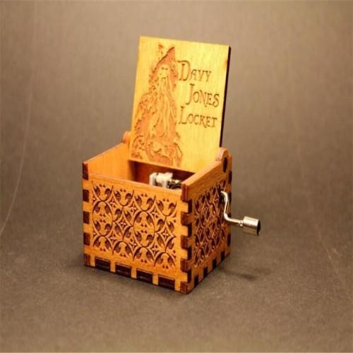 Anonymity wooden hand crank Pirates of the Caribbean Music Box Davy Jones Locket theme Wooden Music