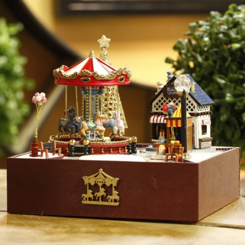 DIY Carousel Music Box Happiness And Sunshine Wooden Music Box European Handmade Educational Toy Home Decoration