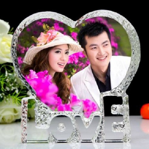 Customized Love Heart Shaped Crystal Photo Album Pictures Stickup Photo Frame for Wedding Decoration Friends Family