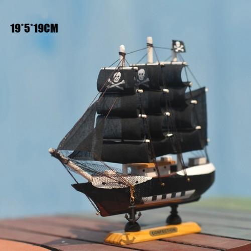 Home Decoration Mediterranean Style Caribbean Pirate Black Pearl Ship Model Birthday Mediterranean Style Desk Ornament