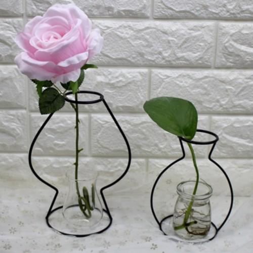 Nordic Flower Ornaments Black Lines Vase Abstract Minimalist Abstract Iron Vase Dried Flower Vase Racks.
