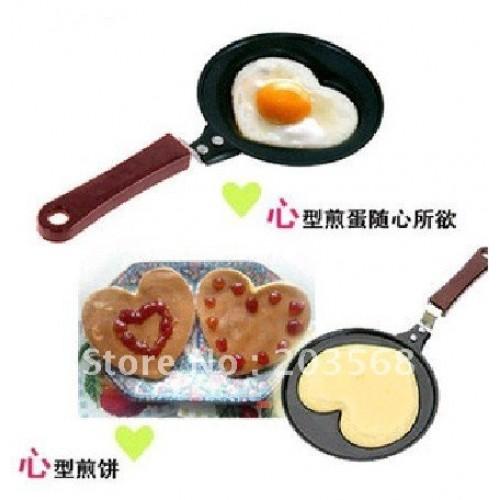 Mini Lovely Heart Shaped Egg Pancake Fry Frying Pan Kitchen Non Stick Cook Pan