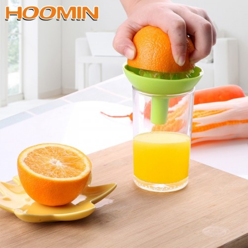 HOOMIN Squeezer with Funnel Cooking Tool Mini Fruit Juice Cup Household Manual Juicer 2 in 1
