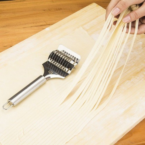 Stainless steel Noodle Lattice Roller Docker Dough Cutter Pasta Spaghetti Maker For Kitchen Cooking Tool Noodle