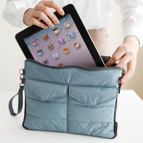 Fashion solid women s clutch bag nylon women envelope bag wristlet clutch bag female Clutches