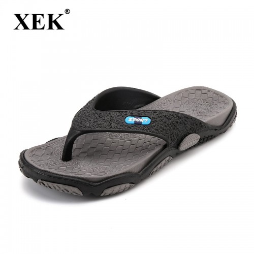 Men s Slippers Summer Non slip Massage Slippers Fashion Man Casual High quality Soft