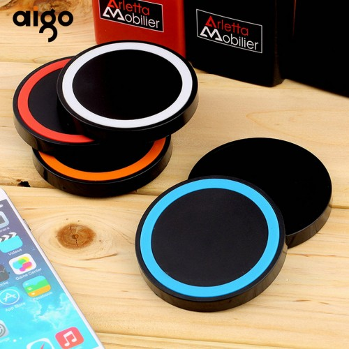 AIGO Built In Temperature Regulation Chip Lightweight Handy Universal Qi Wireless Power Charging Charger Pad For