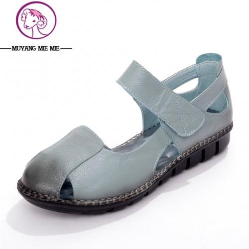 2017 Nuevas Sandalias de Verano de Cuero Real Zapatos Planos Ocasionales Femeninos de Cuero Suave Mujer