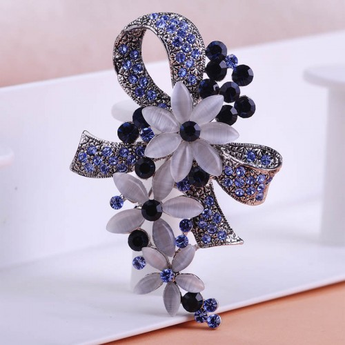 New Style Brooch Clip (50)