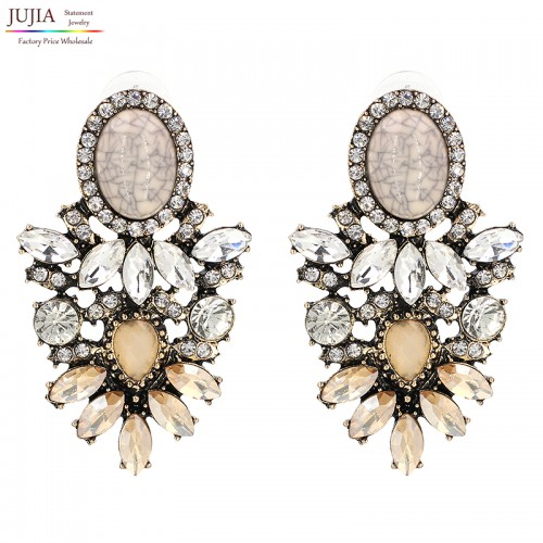 Women Fashion Earrings (11)
