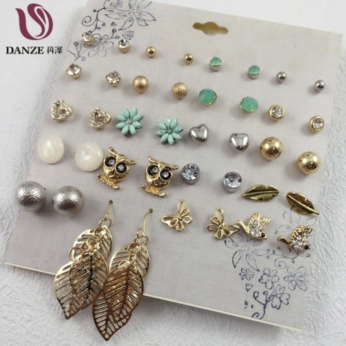 Women Fashion Earrings (19)