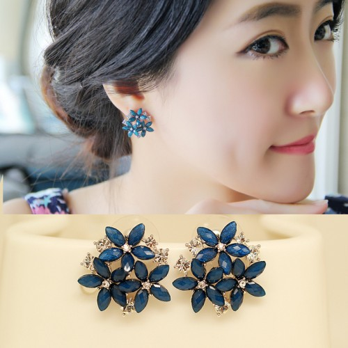 Women Stylish Earrings (7)