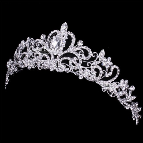 Tiaras and Crowns 26