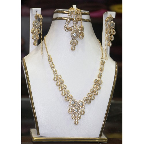 Trendy traditional jewelry set 33
